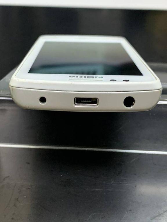 Nokia 700 rm-670