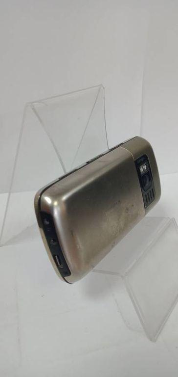 Nokia c6-01.3