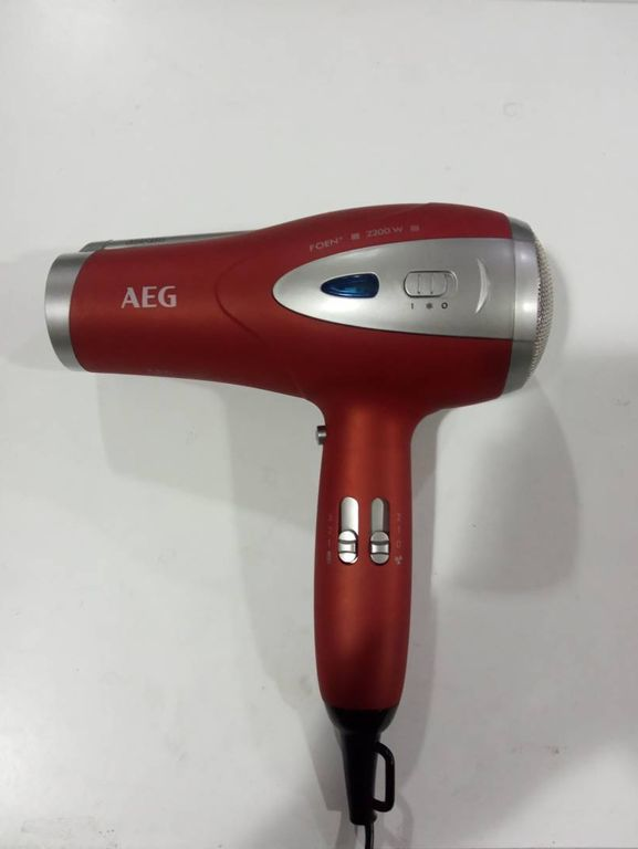 AEG HTD 5584 Red