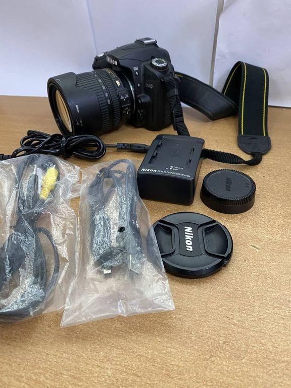 Nikon d90 nikon nikkor af-s 18-105mm f/3.5-5.6g ed vr dx