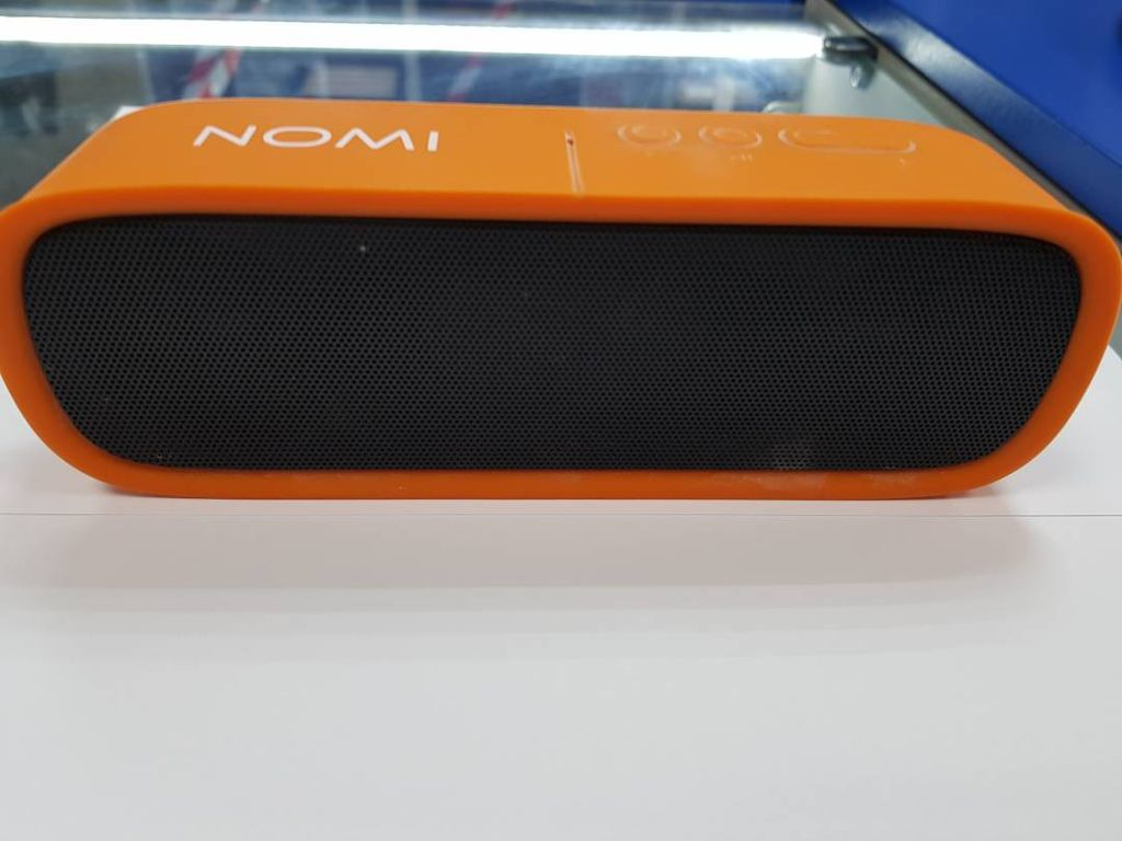 Nomi BT522