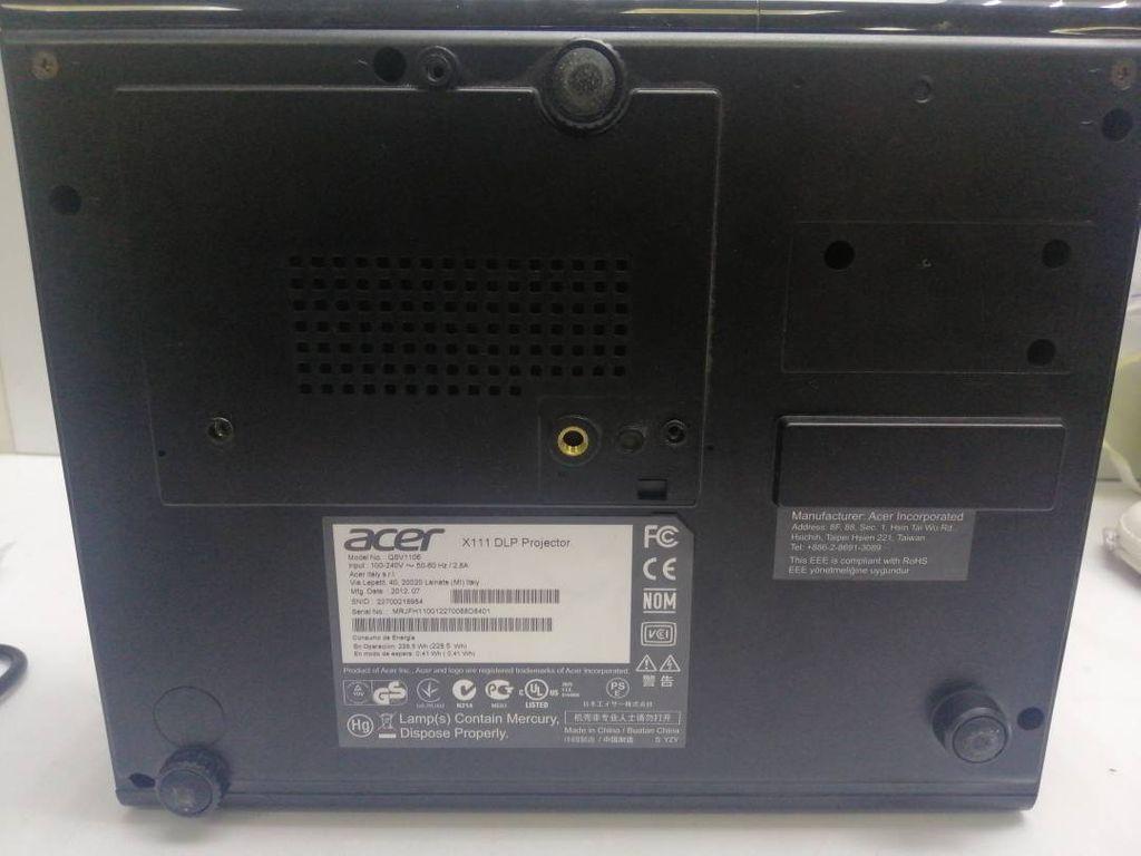 Acer x1111a
